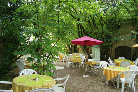 Restaurant le verger la guinguette de nogent sur marne for Cafe jardin menu